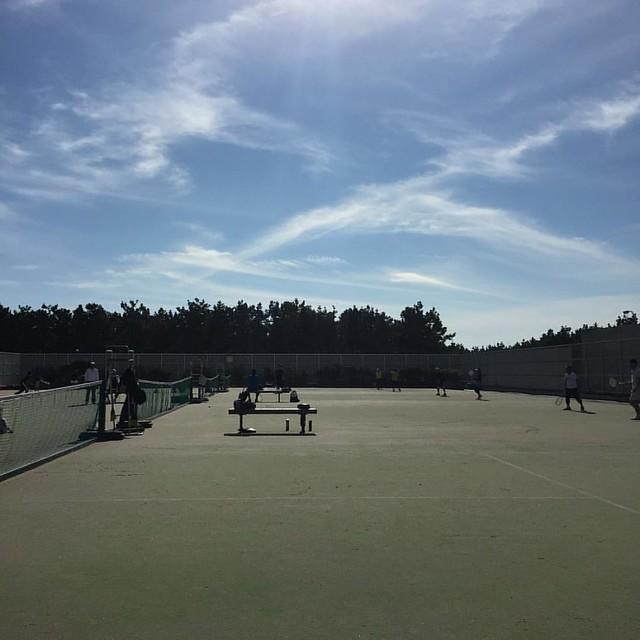 大勢いて賑やかだ #テニス部 #シングルス練習