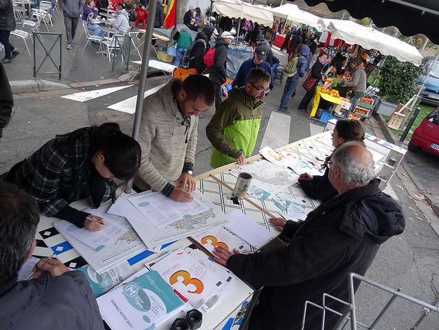 Métro Ligne 3 Toulouse- débat mobile marché de Saint-Aubin