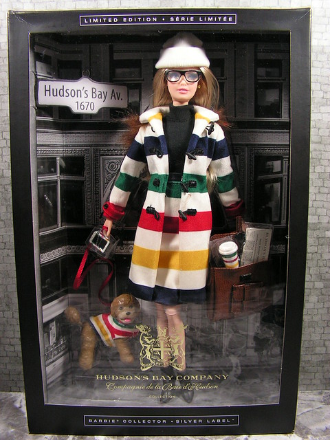 2016 Barbie Hudson's Bay Company Collection DJN09 (2)