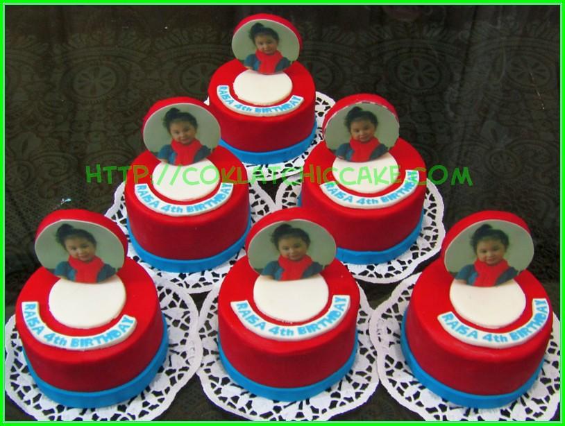 minicake edible