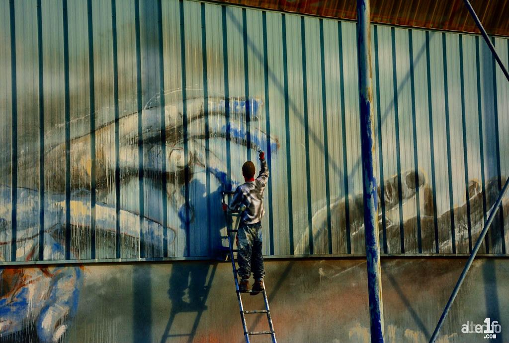 [01 Novembre 2016] – Un jour, une photo… Nouvelle fresque en cours par l'artiste « La Rouille »