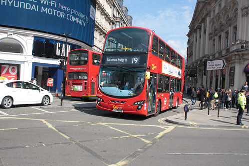 London General WVL481 LJ12CHD