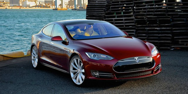 0001Tesla-Model-S-via-Road-Track