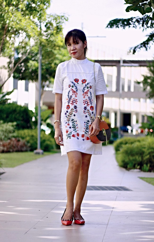 embroidery, white dress