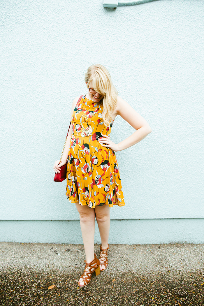 how to style this transitional mustard floral dress from summer into fall