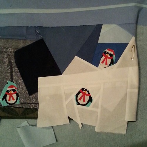 Remind me again why I didn't make the sea, sky and snow and appliqué them to a base layer... #penguinsinthesewingroom
