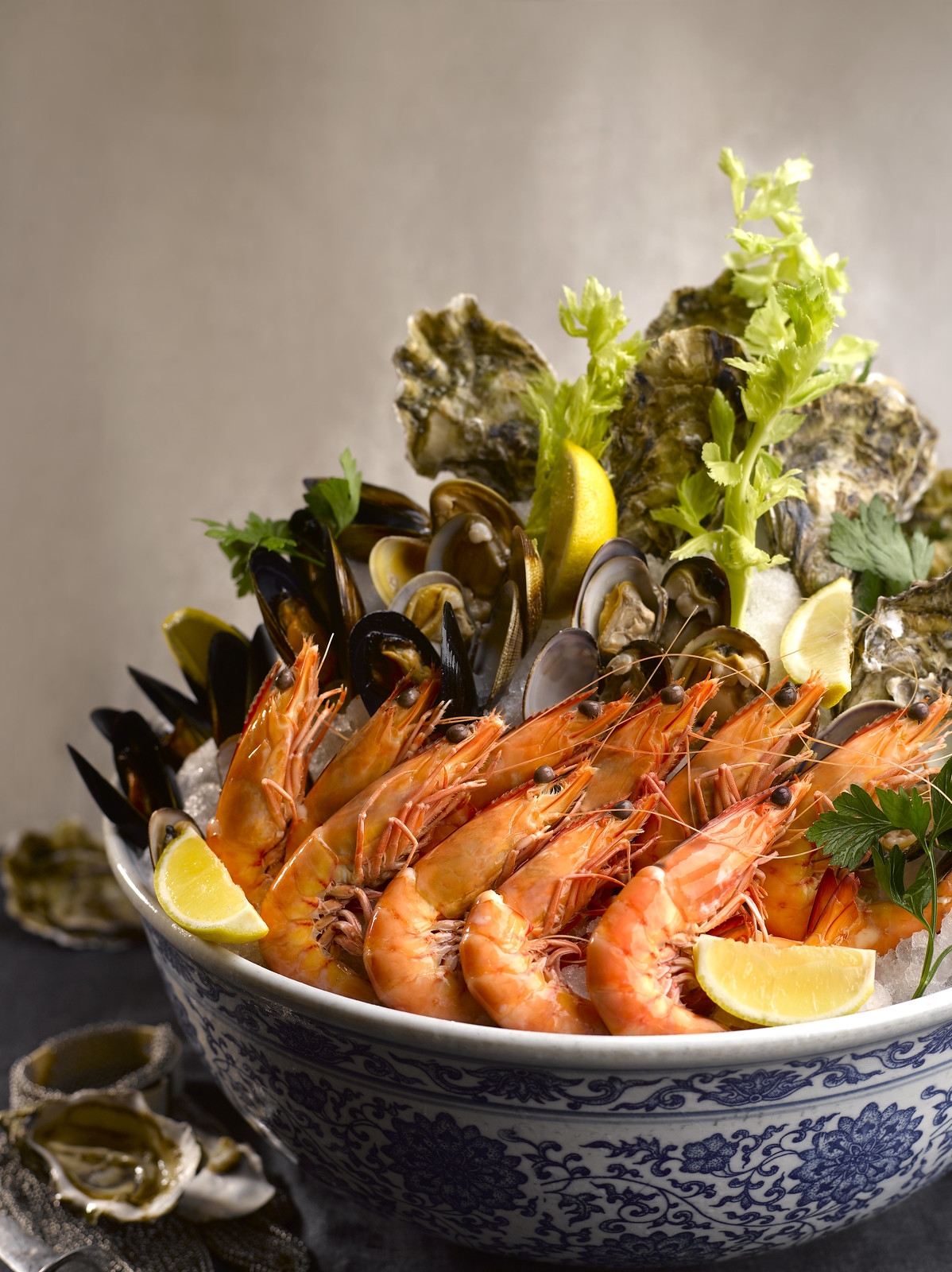 StraitsKitchen Sustainable Poached Tiger Prawns, Clams and Oysters