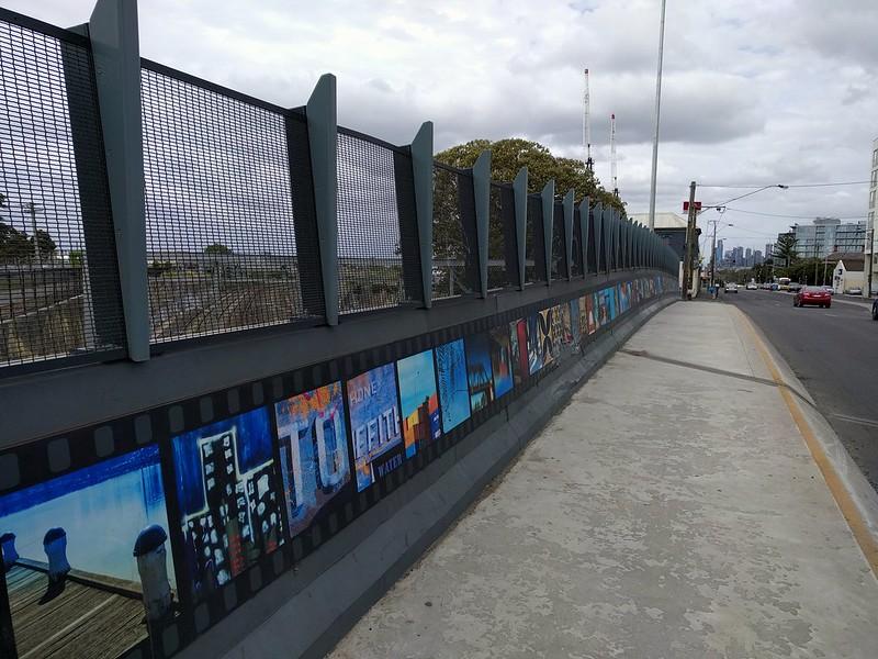 Footscray: Hopkins Street bridge