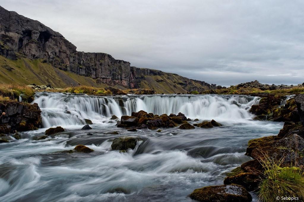 [Le Jackot islandais] Les cascades & Vik [Ajout reste du jour] 30366335476_1c7e2f3002_b