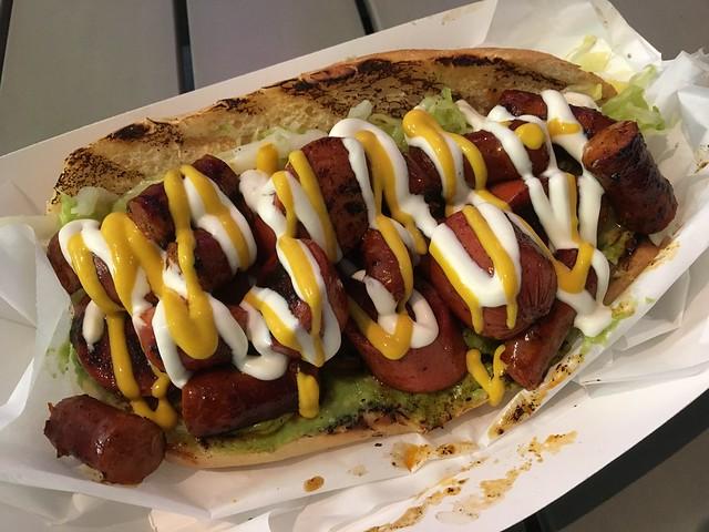Dos carnes - Los Schucos Latin Hot Dogs