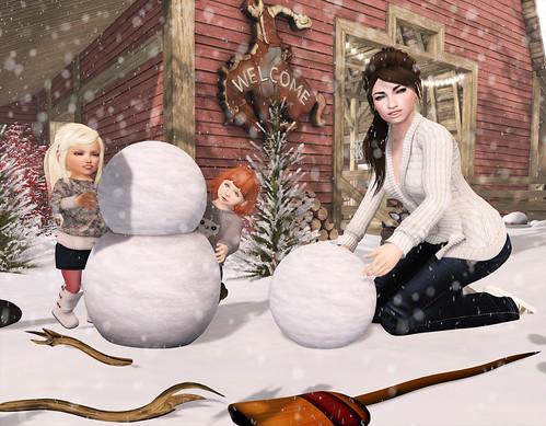 [SRB] Pennell's Winter Wonderland Vacation - Building a Snowman