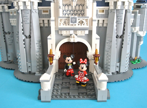 Lego Disney 71040 Disney Castle Review Brickset Lego Set Guide