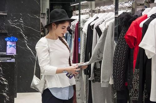 Мария Симпсон, посетившая бутик Philipp Plein
