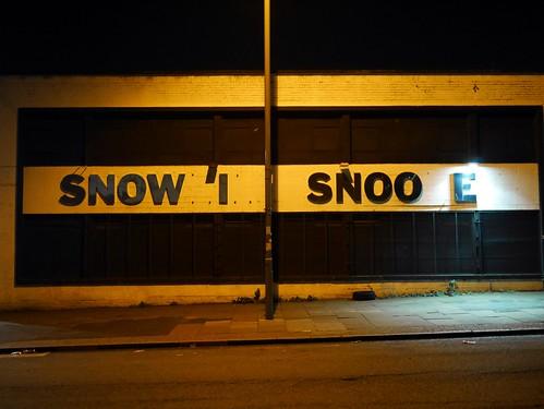 SNOW I SNOO E