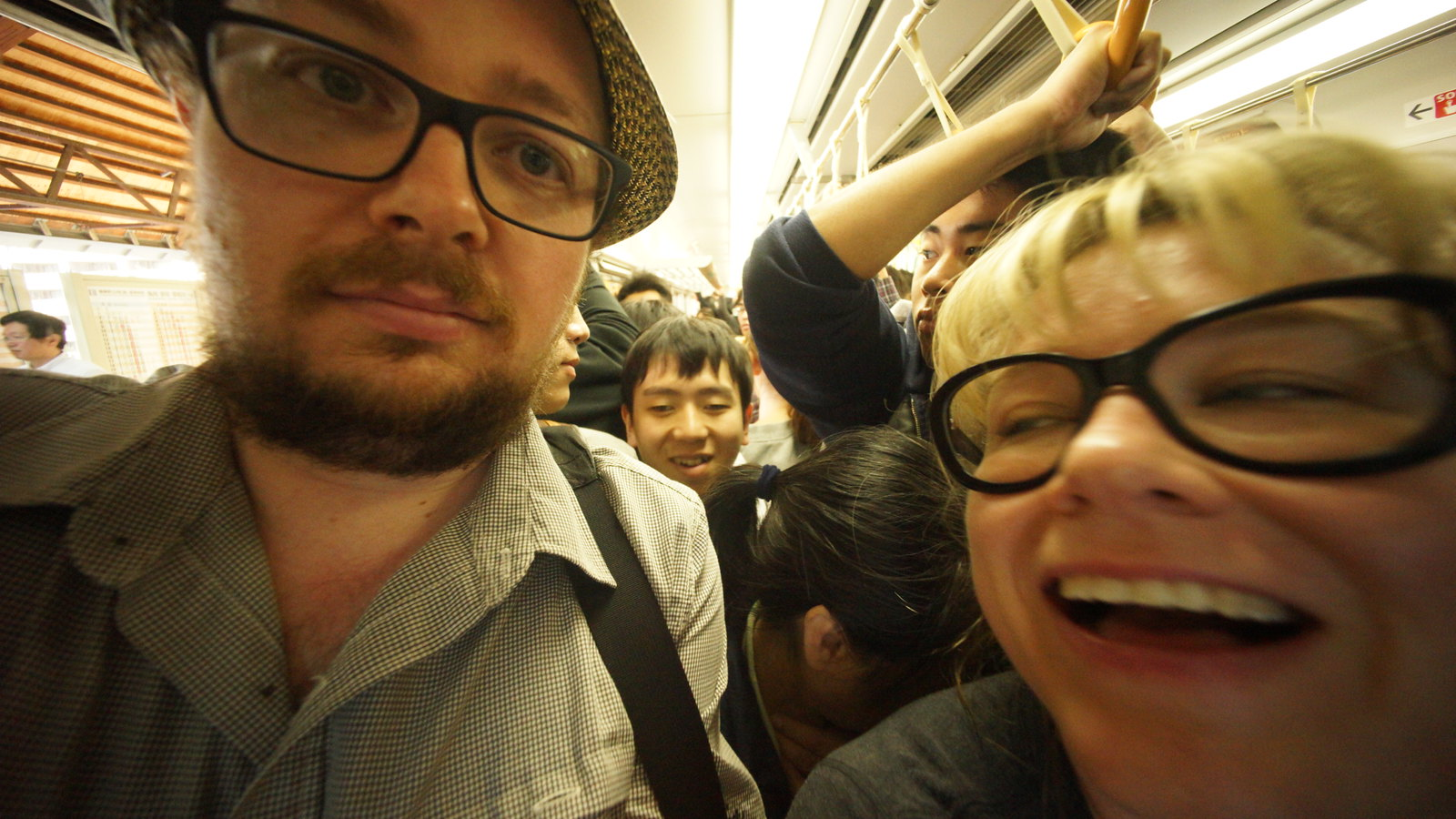 Things got a bit tight on the train ride home tonight. #Kyoto #japan15 #SonyA7 #foto #Voigtlander12mm #peakhour #SorryAmbre