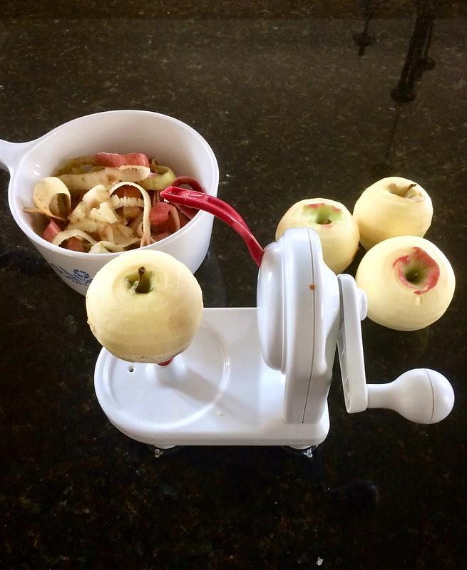 Peeling Apples with Apple Peeler Vertical