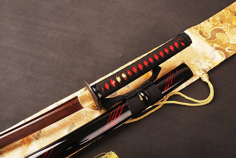 Japanese-samurai-sword-blue-blade-3