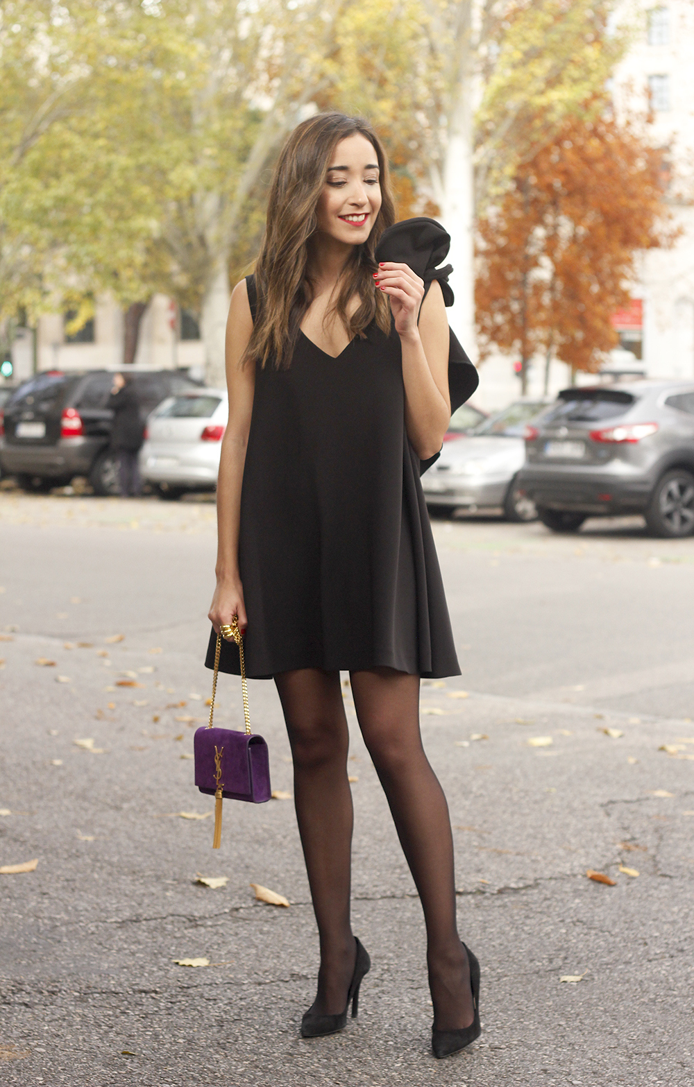 little black dress yves saint laurent bag accessories black heels outfit party look style08