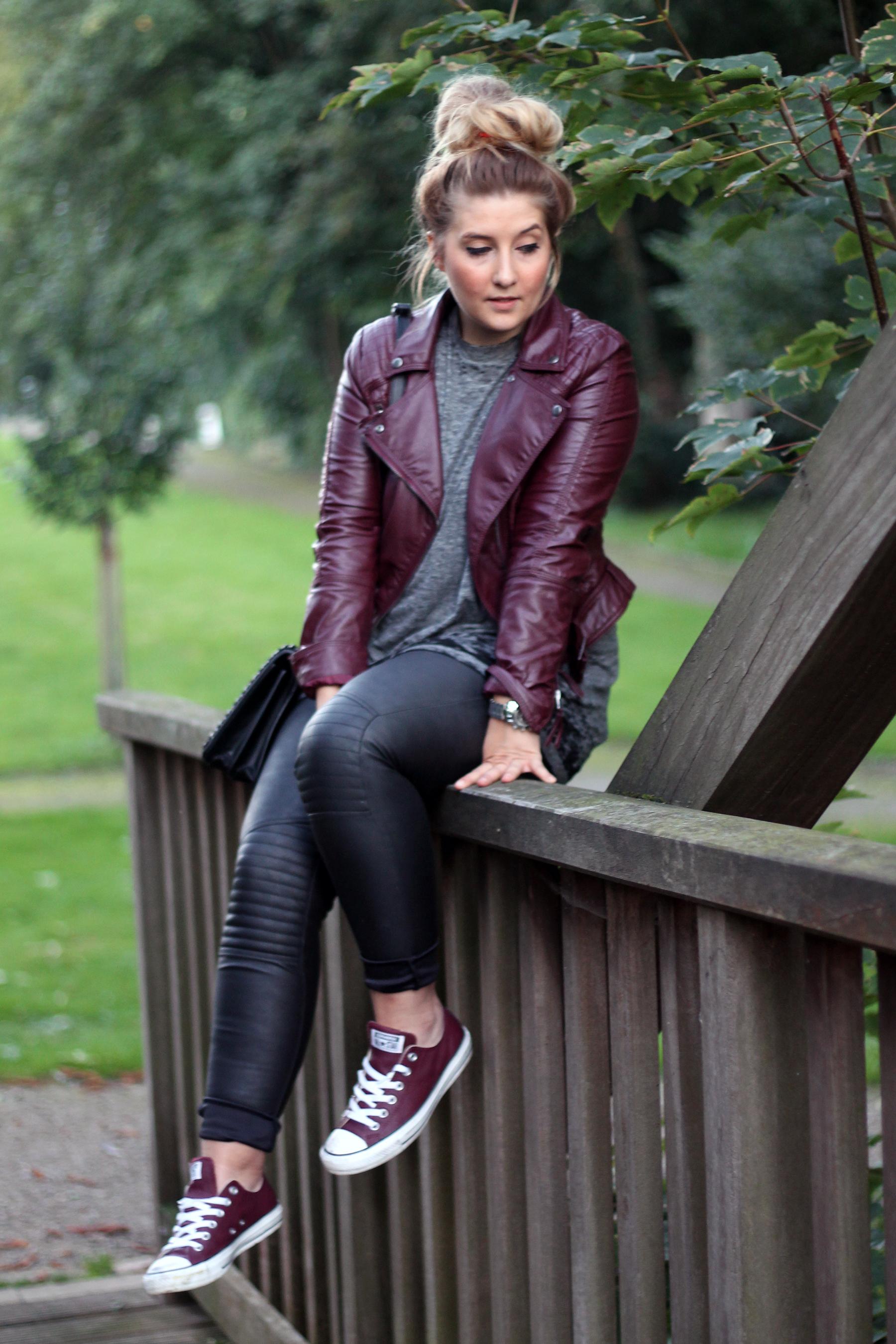 outfit-look-style-herbst-autumn-fall-lederjacke-lederhose-hm-chucks-converse-schuhe-sneaker