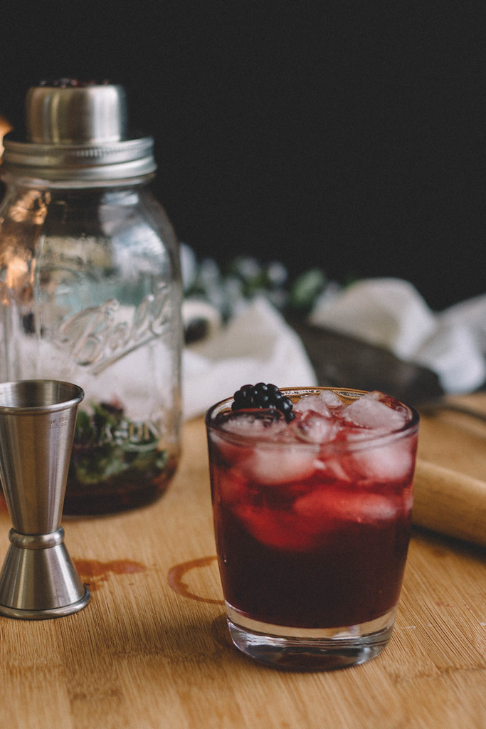 Blackberry, Blueberry & Honey Lattice Pie + A Blackberry Honey Basil Julep | TermiNatetor Kitchen