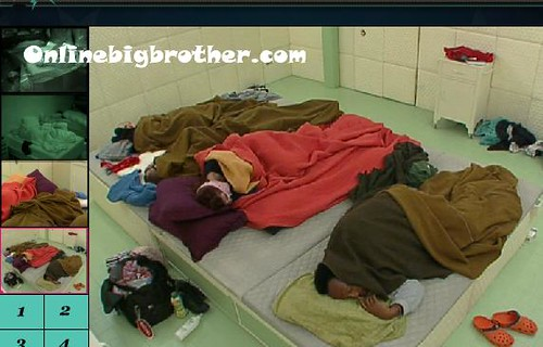 BB13-C4-8-1-2011-7_24_53.jpg | by onlinebigbrother.com