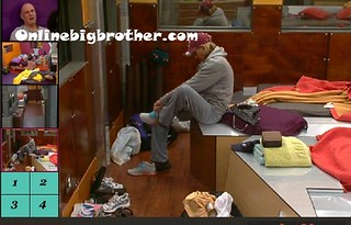BB13-C4-8-8-2011-2_32_42.jpg | by onlinebigbrother.com