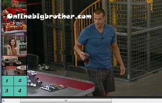 BB13-C3-8-2-2011-11_41_03.jpg | by onlinebigbrother.com