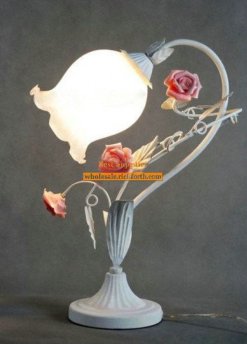 Retro Rose Table Lamp with Wonderful Design | by richforth