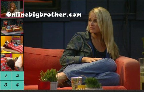 BB13-C2-8-20-2011-8_16_20.jpg | by onlinebigbrother.com