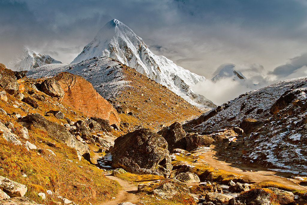 Pumori (7161 m)