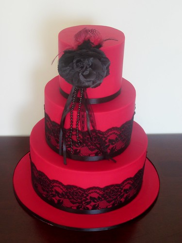 Red Black Lace Wedding Cake A Picture Of A Similar