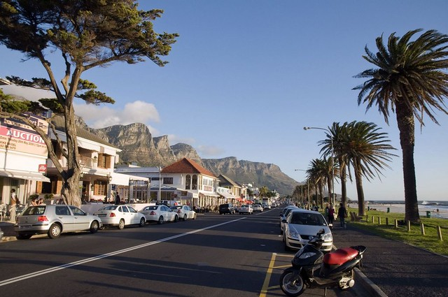 Camps Bay Restaurant Strip, Cape Town, Western Cape Province. Image courtesy South African Tourism.
