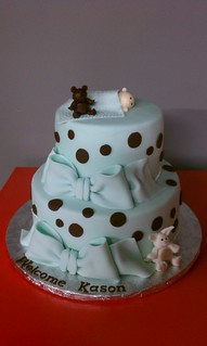 Baby Blue and polkadot Shower Cake | by Little Sugar Bake Shop