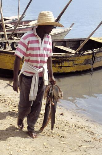 Small-scale fisheries, Lake Chilwa, Malawi. Photo by Randall Brummett, 2002