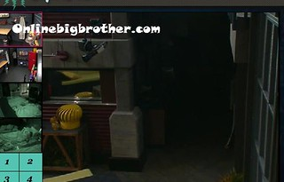 BB13-C2-7-21-2011-8_02_20.jpg | by onlinebigbrother.com