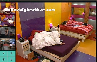 BB13-C2-7-31-2011-12_24_43.jpg | by onlinebigbrother.com