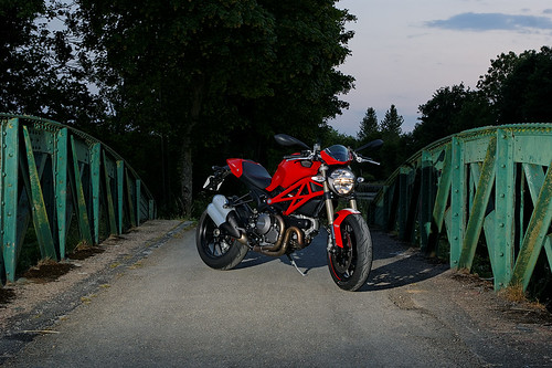 Ducati monster 1100 Evo: pure passion! | by apophisnico