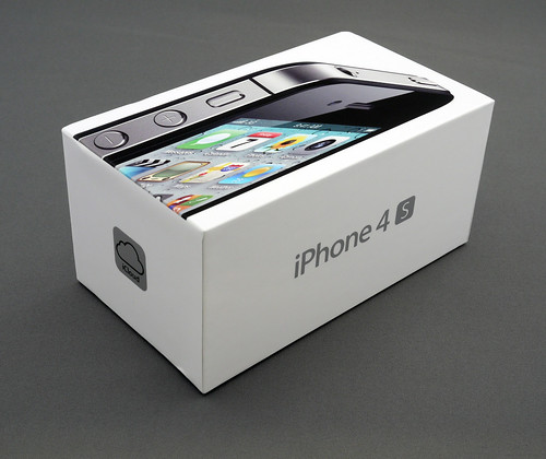 iPhone 4S unboxing 17-10-11 | by Brett Jordan
