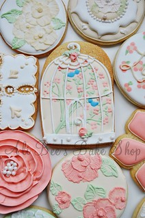 shabby chic bird cage | by Ali Bee's Bake Shop