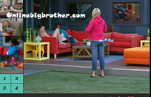 BB13-C4-8-8-2011-4_43_38.jpg | by onlinebigbrother.com