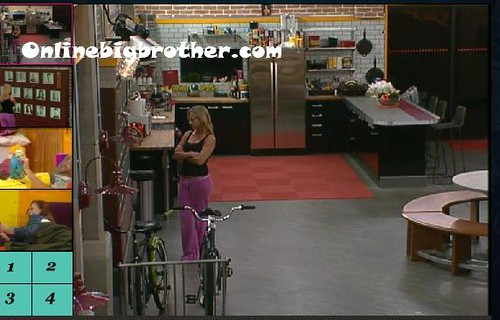 BB13-C2-9-9-2011-1_33_41.jpg | by onlinebigbrother.com
