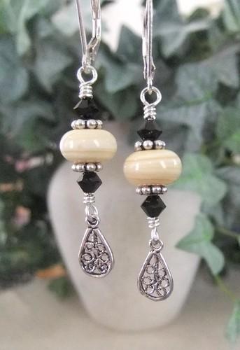 Lampwork filigree earrings jlynnjewels flickr for Rj jewelry loan company