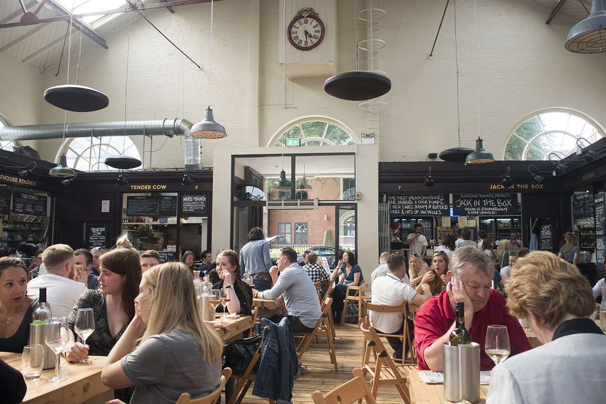 altrincham-market-food-hall