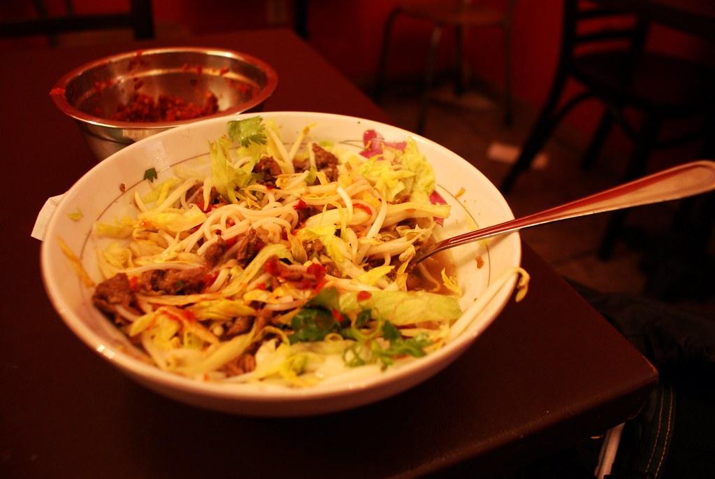 > Restaurant vietnamien Toan Pho à Varsovie.