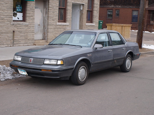 1989-90 Oldsmobile Cutlass Ciera 1