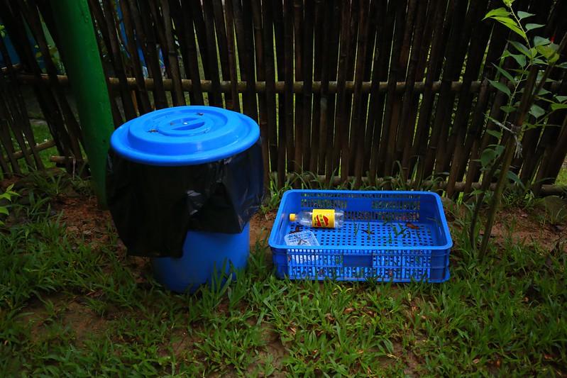 垃圾桶和回收籃