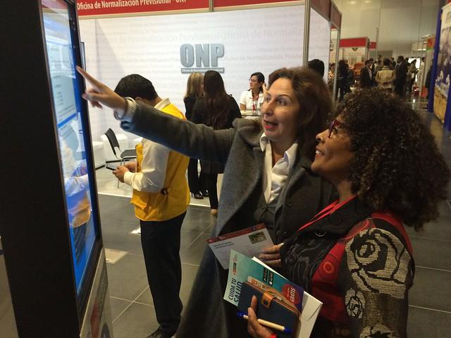 INS participa en la Feria de Programas y Servicios Nacionales de Programas
