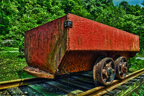 Coal Shuttle Cart | by The Lovelace Photography
