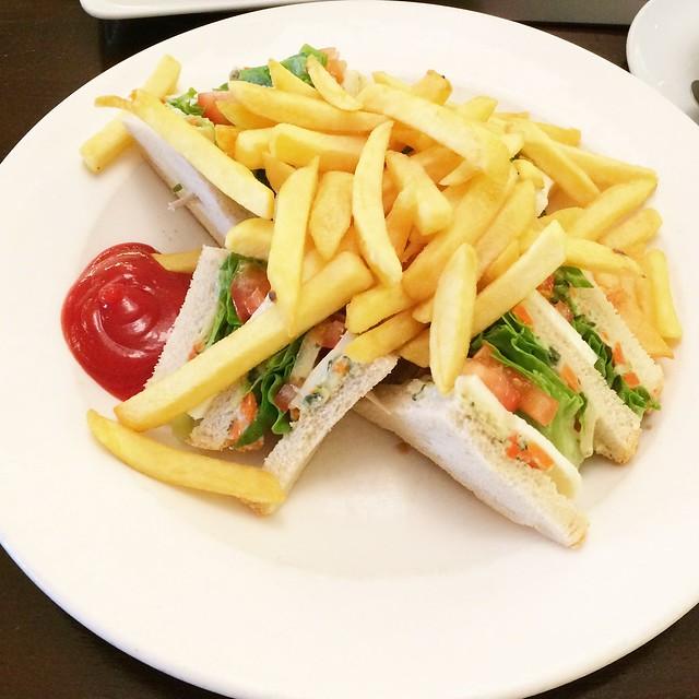 fitness-sandwich-wmbg