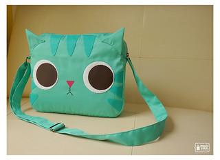 Minty Kitty shoulder bag | by mochikaka